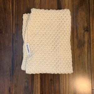 Old Navy thick scarf brand new with tags!